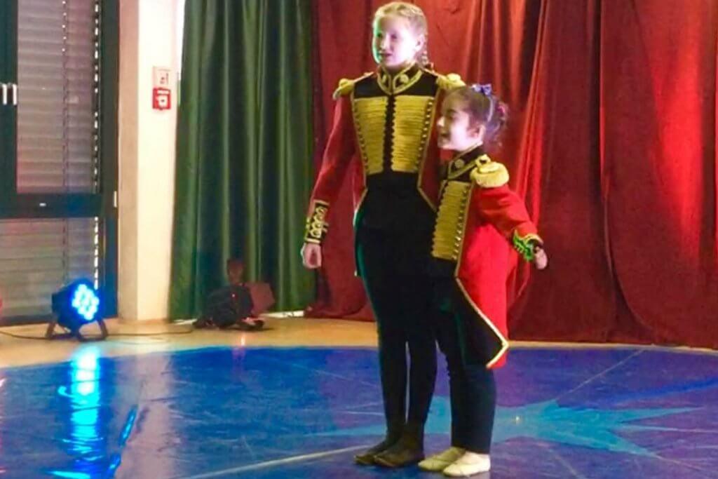 Zirkusprojekt des Willkommen in Lindlar e.V. mit Geflüchteten