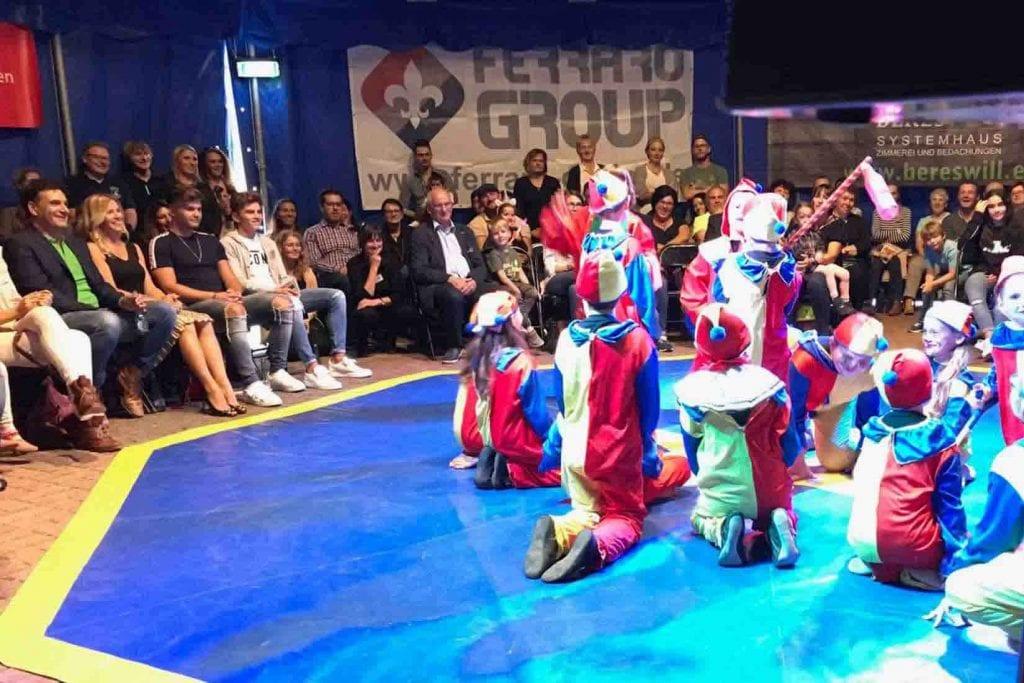 Clowns in der Vorstellung in Wiebeskirchen